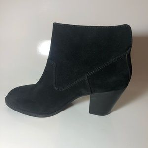 Nine West Suede Ankle Boot Sz 8